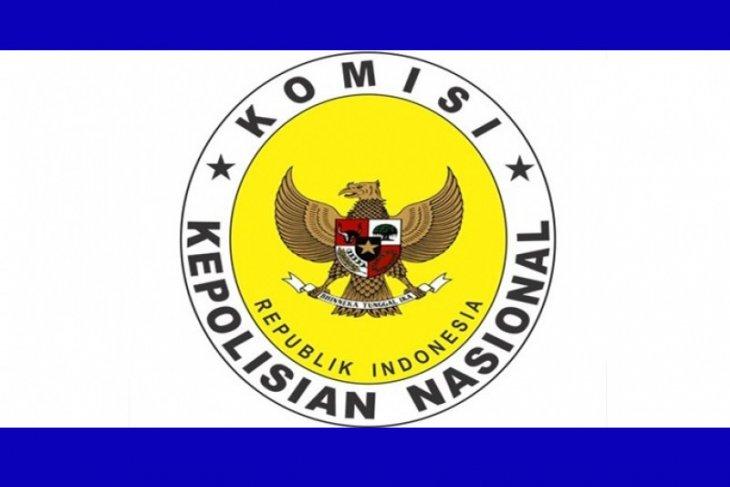 Kompolnas akan minta klarifikasi Polri soal penertiban baliho oleh TNI