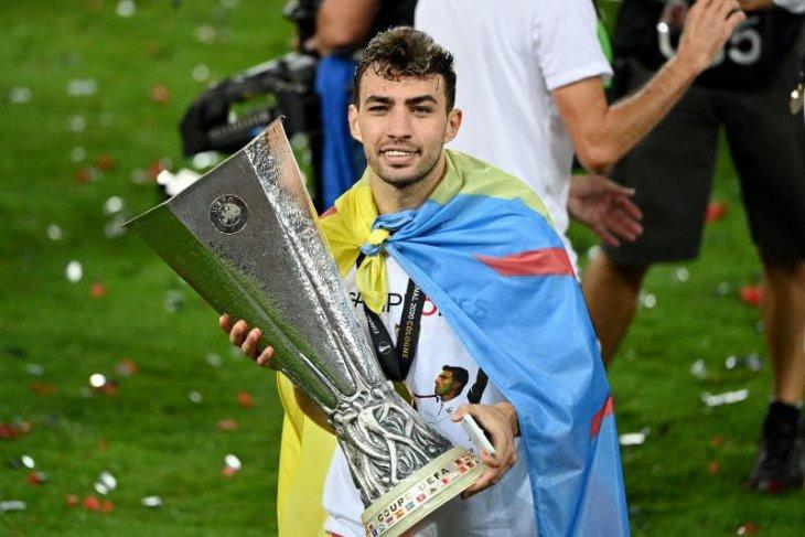 Pemain Sevilla Munir El Haddadi positif virus corona