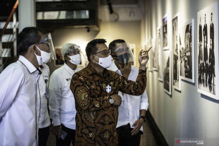 Perum LKBN ANTARA pamerkan foto tahun 1900-1942 refleksikan Indonesia Bergerak