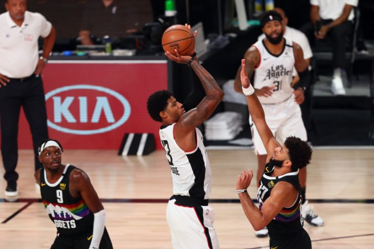 George bawa Los Angeles Clippers ungguli Denver  Nuggets 2-1