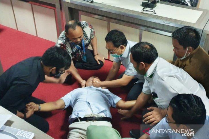 Seorang anggota DPRD  meninggal saat rapat anggaran
