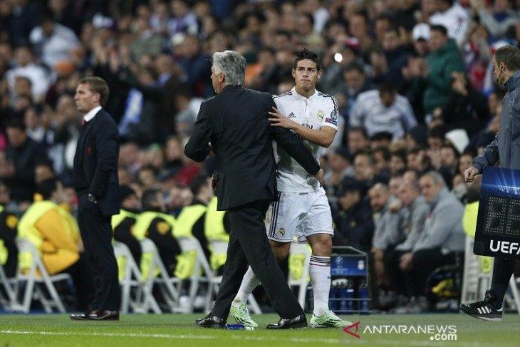 Everton mendaratkan James Rodriguez secara permanen (video)