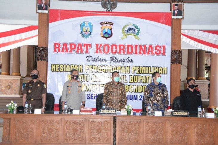 Penandatanganan pakta integritas Pilkada Situbondo aman dan taat protokol COVID-19