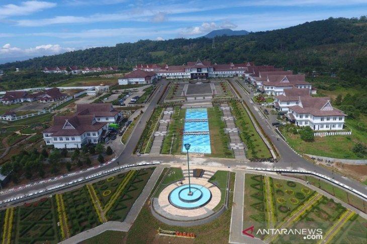 Anggota DPRD Sumut apresiasi kemajuan Tapsel