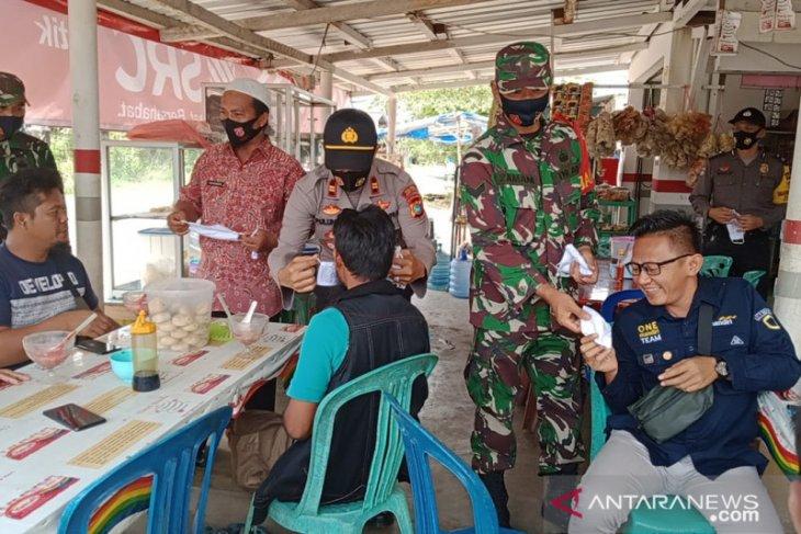 Cegah penyebaran COVID-19, Polres Bangka Barat gencarkan sosialisasi 3M