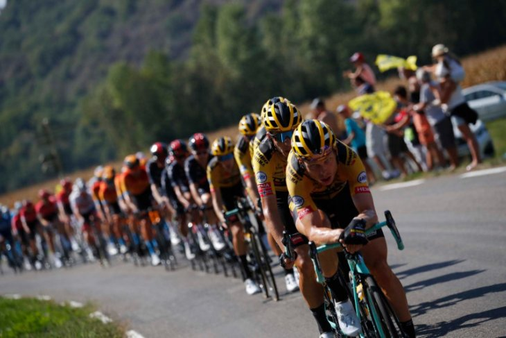 Tour de France: Klasemen sementara setelah etape ke-16