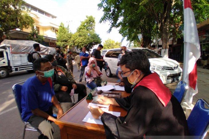 Puluhan warga Situbondo terjaring operasi yustisi protokol kesehatan