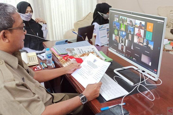 2.489 mahasiswa KKN KLB Unmul kembali diserahterimakan