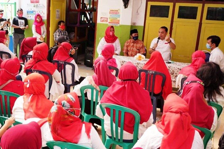Bacawali Surabaya Eri Cahyadi komitmen tingkatkan kualitas pengajar PAUD