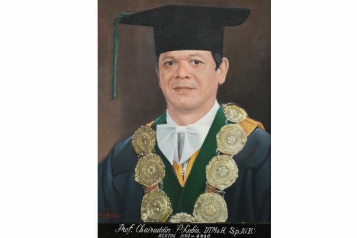 Mantan Rektor USU Prof H Chairuddin Panusunan Lubis wafat