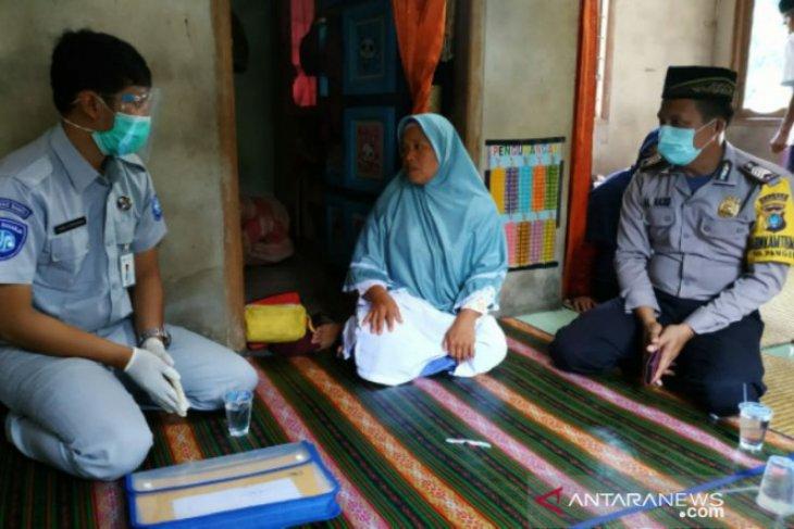 Kurang dari 24 jam, Jasa Raharja serahkan santunan korban lakalantas di Bangka Barat