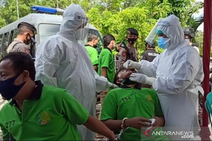 999 warga binaan Lapas Narkotika di Bangka Belitung jalani tes COVID-19