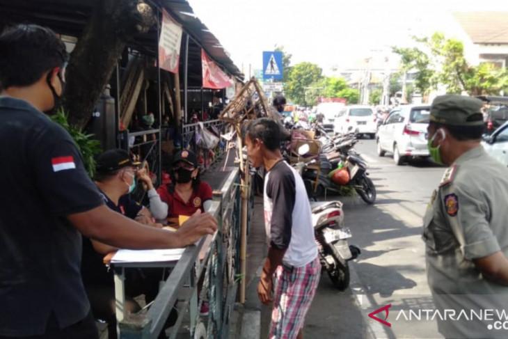 Tim Yustisi Denpasar temukan enam pelanggar protokol kesehatan