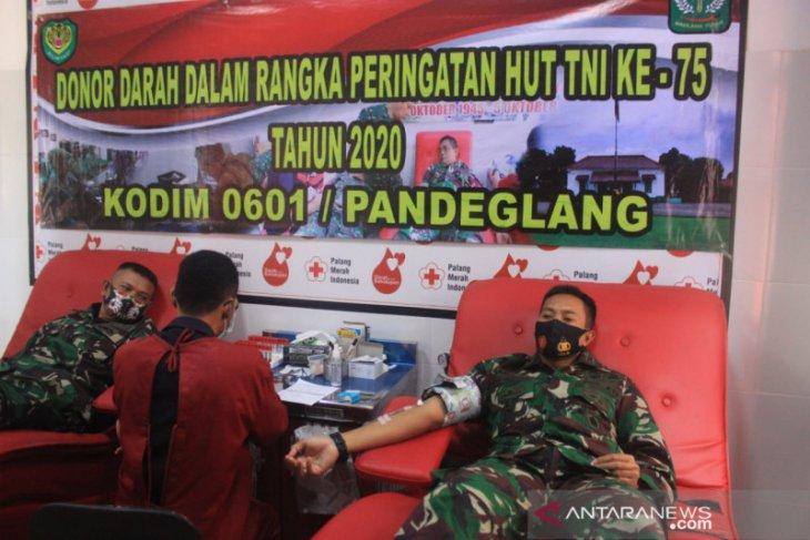 HUT TNI ke-75, Kodim 0601/ Pandeglang Laksanakan Donor Darah