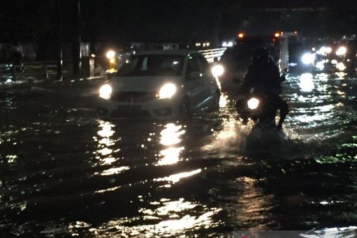 Banjir rendam 22 RT di Jakarta Barat