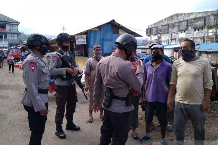 Brimob Polda Maluku patroli dialogis sosialisasi operasi yustisi