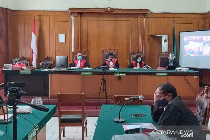Pendeta pelaku cabul di Surabaya divonis 10 tahun penjara