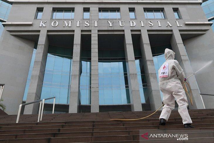 Presiden Jokowi serahkan 7 nama calon anggota KY ke DPR