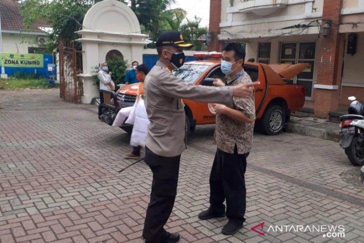 Pemkab Bekasi wajibkan pasien COVID-19 tanpa gejala jalani isolasi terpusat