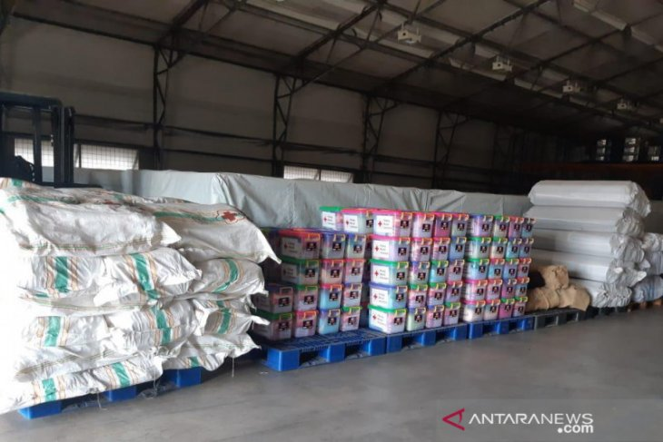 PMI kirim 700 paket sarana kebersihan untuk korban banjir bandang di Sukabumi