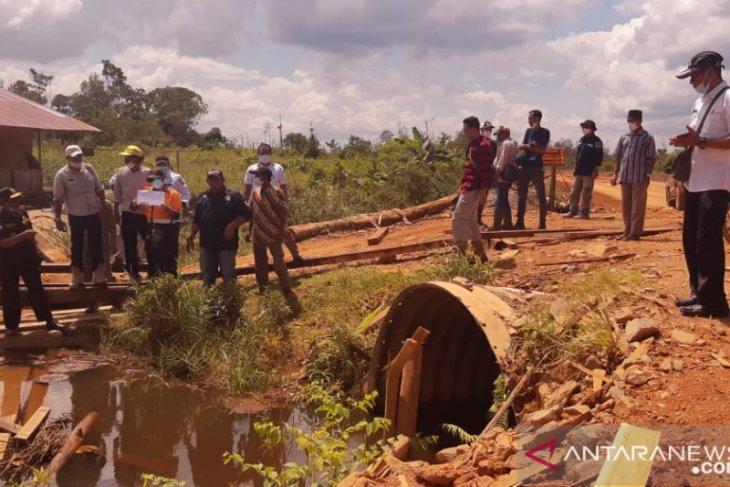 Bupati Kayong Utara pastikan proyek irigasi tuntas akhir tahun