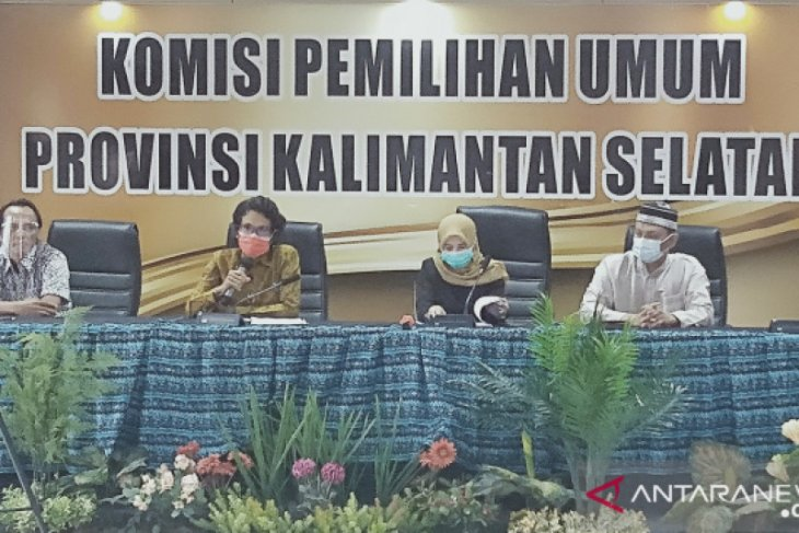 KPU Kalsel tetapkan Cagub-Cawagub, Sahbirin lawan Denny Indrayana