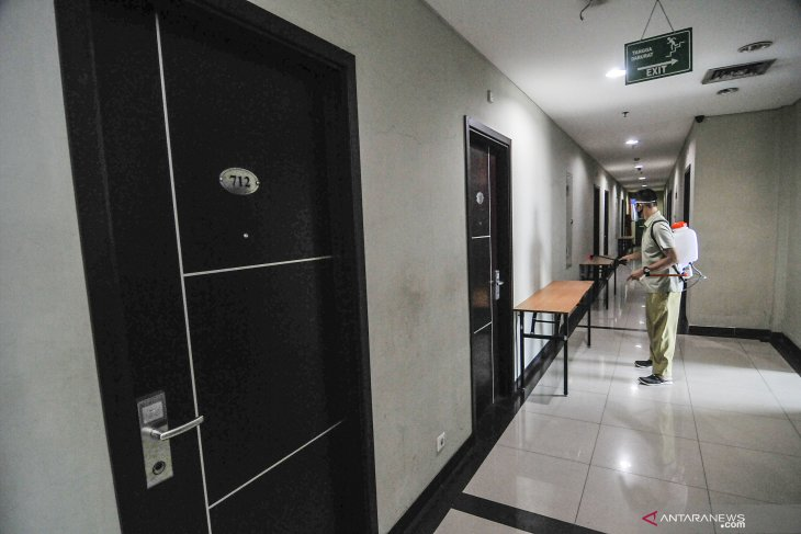 BNPB transfers control of self-isolation facilities to local govts