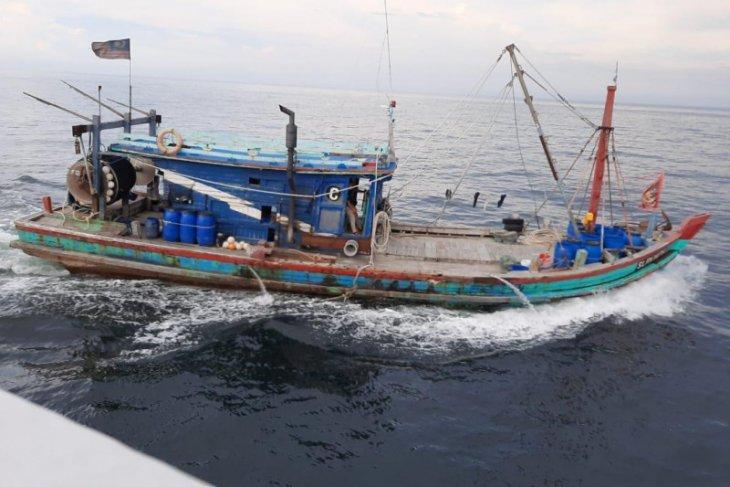 KKP tangkap kapal ikan berbendera Malaysia di Selat  Malaka