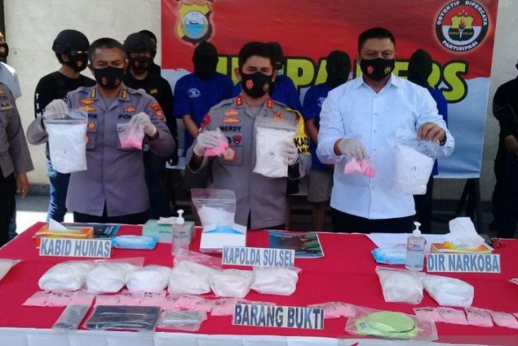 Polisi gagalkan peredaran 13 kg sabu dan 2.994 butir pil ekstasi