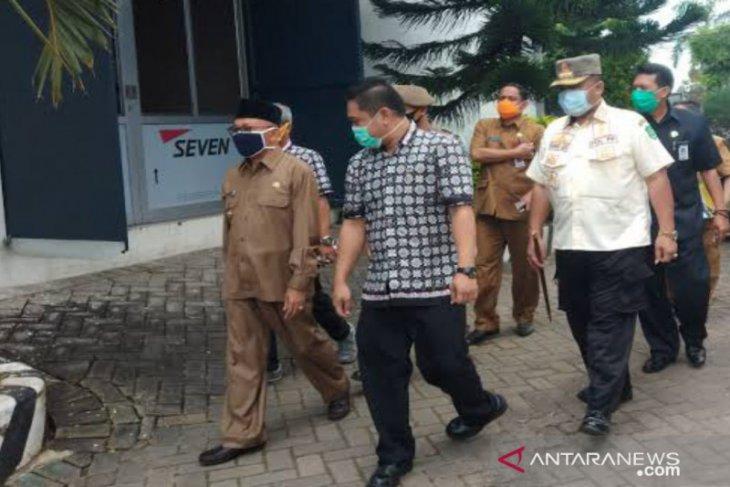 94 karyawan positif COVID-19, Satgas Sumenep kembali tutup perusahaan rokok