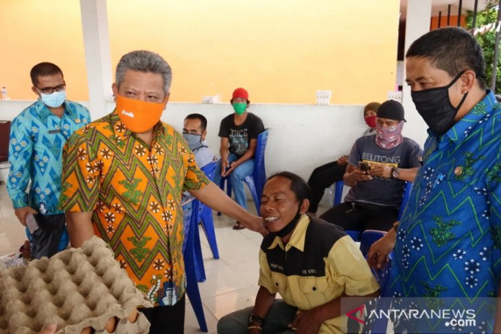 Kubu Raya distribusikan bantuan bagi warga terdampak COVID-19