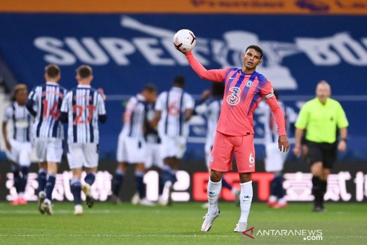 Frank Lampard tidak mau menyalahkan Thiago Silva atas blunder kontra West Bromwich