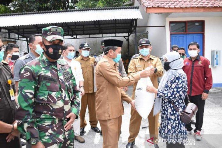 Pemkab Aceh Tengah salurkan bantuan beras untuk 6.738 PKH