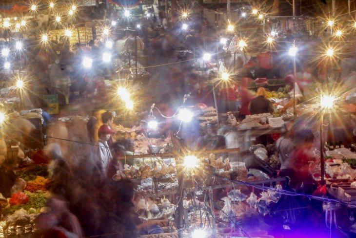 News Focus -- Domestic economic recovery underway, global economy starts to rebound
