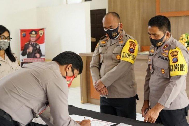 Personel Polres Simalungun dilarang unggah foto bersama calon kepala daerah