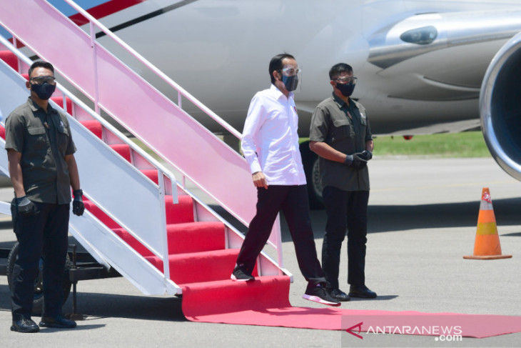 Jokowi visits East Nusa Tenggara to review infrastructure projects