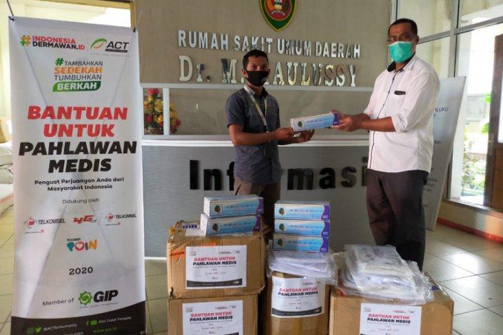 ACT Maluku sumbang puluhan APD untuk tenaga medis RSUD dr. M. Haulussy Ambon