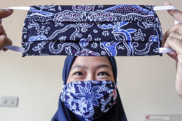 Masyarakat diminta gunakan masker label SNI atau kain dua lapis