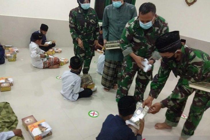 Sambut HUT TNI Ke-75, Kodim 0602/Serang berbagi kebahagiaan bersama anak yatim
