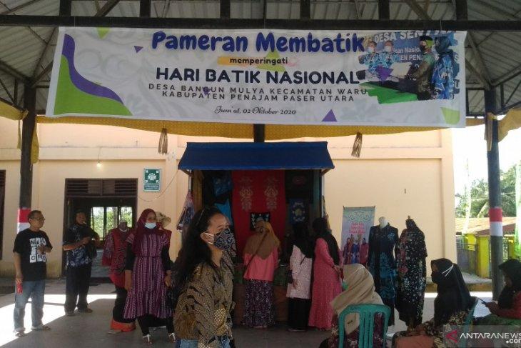 Perajin di PPU siapkan batik untuk Jokowi
