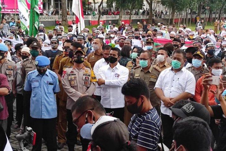 Wali Kota Pematangsiantar perintahkan pemberhentian Direksi RSUD dr Djasamen Saragih