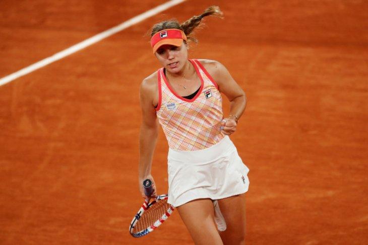 Taklukkan Collins, Kenin ke semifinal French Open