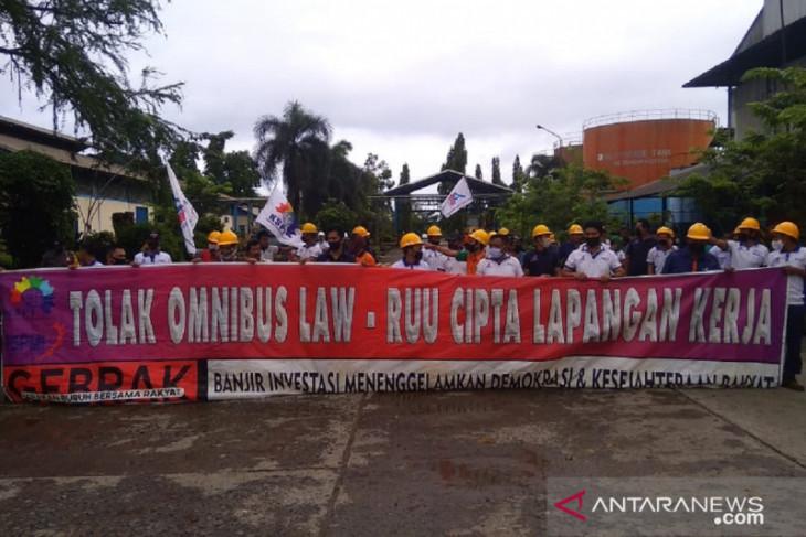 Polisi jaga aksi tolak RUU cipta kerja di Mukomuko