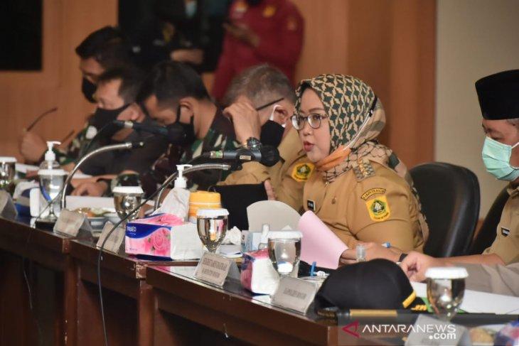 Bupati Bogor Ade Yasin keluarkan 13 instruksi untuk Satgas Penanganan COVID-19