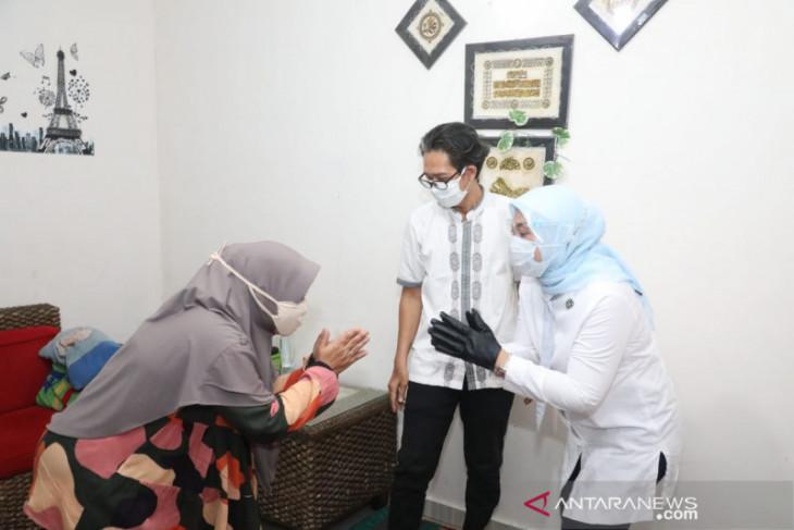 Menaker serahkan bantuan subsidi upah pekerja di Kabupaten Bogor