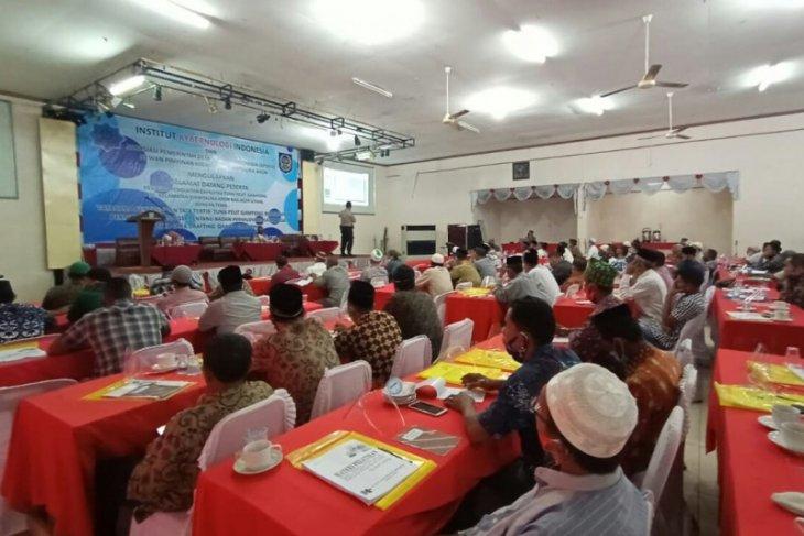 Tuha Peut di Aceh Utara dilatih tata cara penyusunan qanun gampong