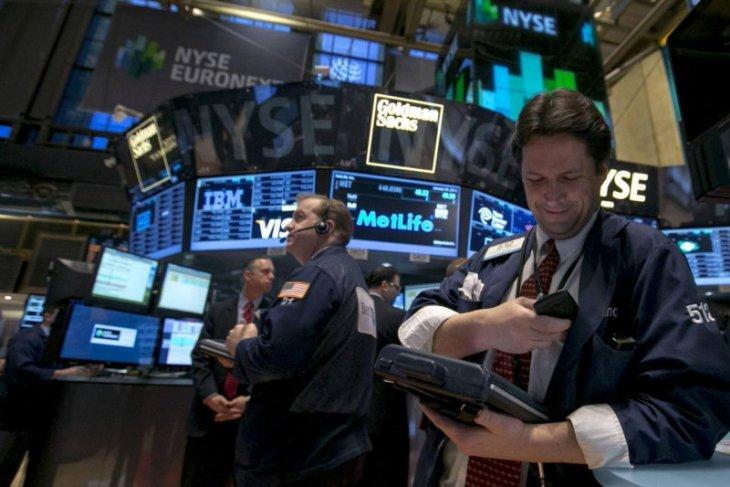 Wall Street dibuka melambung dengan Indeks Dow Jones melonjak 263,42 poin