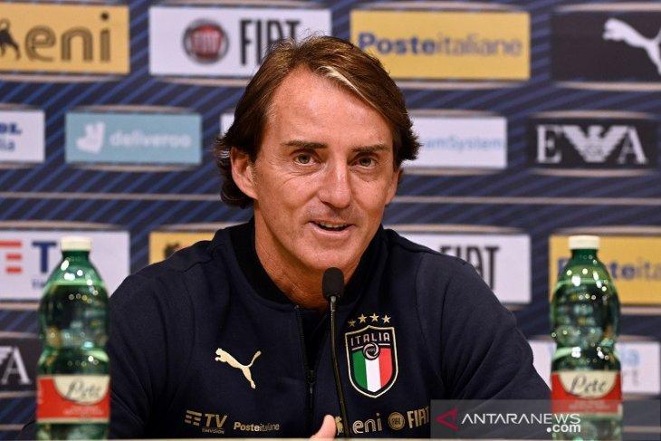 Mancini dikonfirmasi positif COVID-19