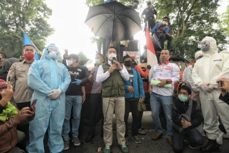 Ridwan Kamil akan sampaikan aspirasi buruh ke Presiden-DPR