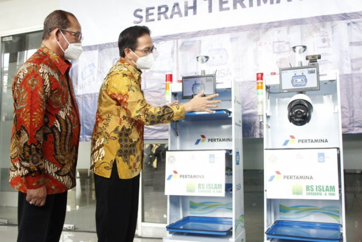 ITS serahkan dua unit Robot RAISA ke RSI Surabaya
